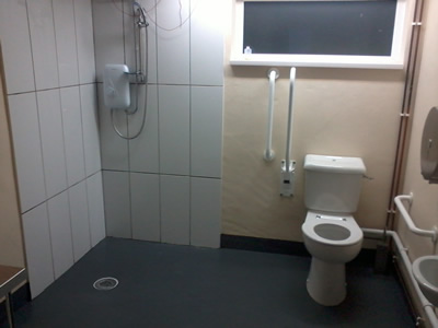 Disabled and family shower area